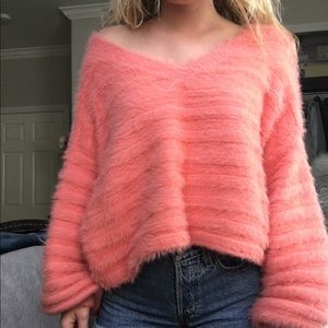 Isabelles cabinet sweater